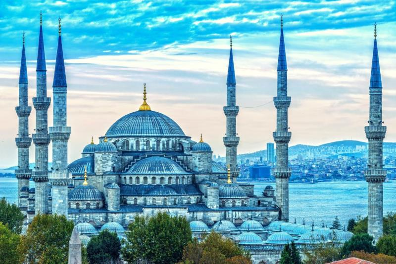 THE FIRST TIMER´S TRAVEL GUIDE TO ISTANBUL
